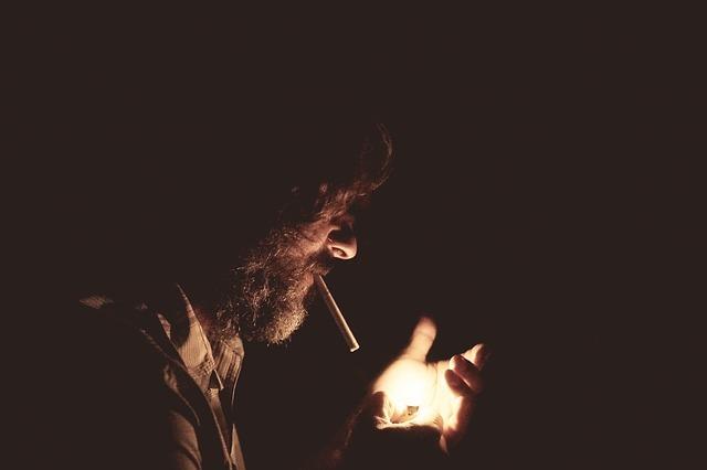 タバコは腎臓を悪くするのか?